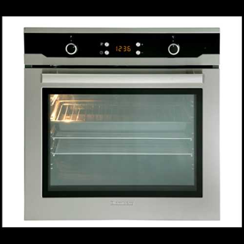 Blomberg 60cm Single fan oven with fully  programmable LED timer