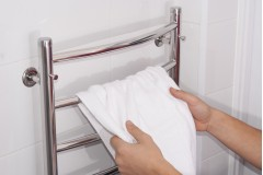 7 Reasons to Install a Heated Towel Rail in Your Home